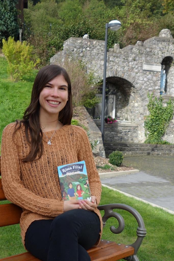 Katie Grosser mit 'Rissa Filial und das Vermächtnis der Fabelwelt'